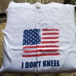 💖I Don't Kneel Tee💖